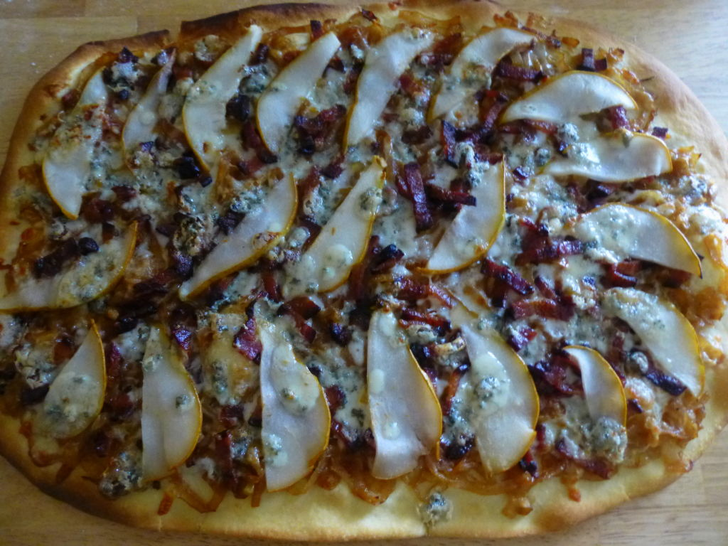 Caramelized Onion, Bacon & Pear Pizza | Whole Made Living
