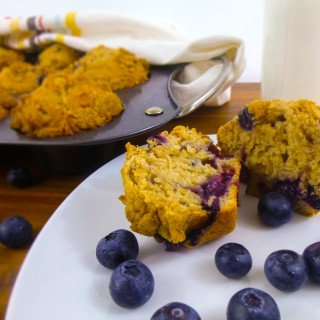 Buttermilk Blueberry Muffins with Brown Sugar Crumble
